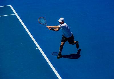 Beneficios de jugar tenis para la salud